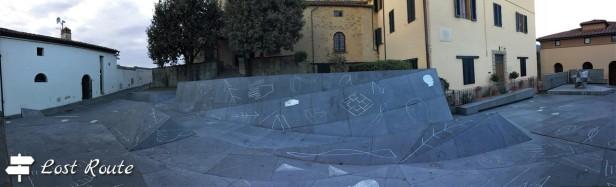 Piazza dei Guidi, ingresso del Museo Leonardiano