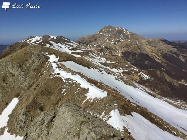Vista da Mt Rotondo verso Mt Cimone