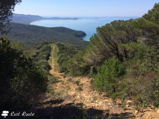 Vista da Poggio Sentinella verso Punta Ala, alla fine del golfo