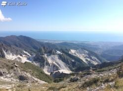 Vista di Carrara e le sue cave