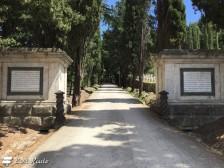 La strada di accesso al Castello