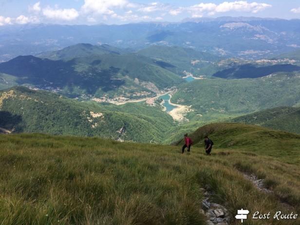 Panorama sul Lago di Vagli e sul Comune di Vagli di Sotto, dal Monte Sumbra