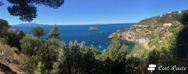Panoramica dall'isola del Giglio a Cala del Gesso