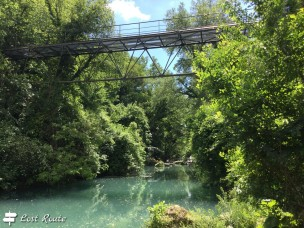 Ponte sospeso sul fiume Elsa