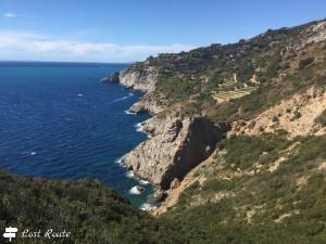 Terrazzamenti a picco sul mare, Capo d'Uomo