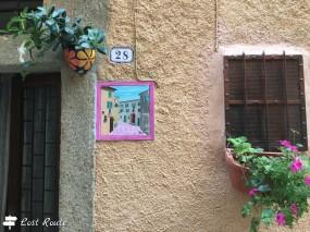 Dettagli all'interno del borgo di Giglio Castello