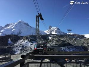 La funicolare per il Matterhorn Glacier Paradise