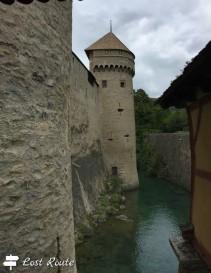 Le mura del Castello di Chillon, sul Lago Lemano, Veytaux, Grand Tour of Switzerland