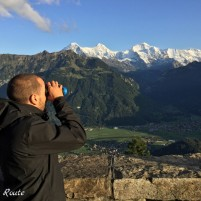 Uno sguardo verso il Thunersee, dall'Harder Kulm, Interlaken, Berna, Grand Tour of Switzerland
