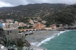 La spiaggia di Monterosso vista dalla Torre Aurora, Cinque Terre, Liguria
