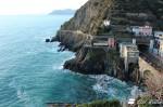 La Stazione FS di Riomaggiore e l'inizio del Sentiero per Manarola, Cinque Terre, Liguria