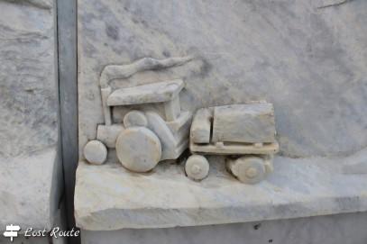 Dettaglio del monumento 'Al Cavatore #2