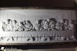 Il Cenacolo, bassorilievo in marmo nella Chiesa di Colonnata